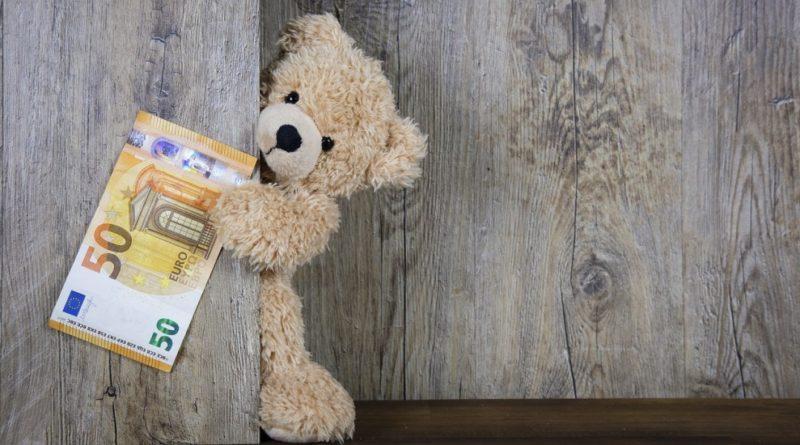 Как взять деньги до зарплаты на карту